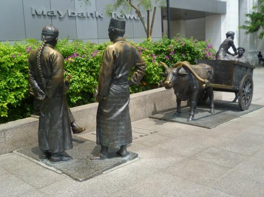 Immigrants statues
